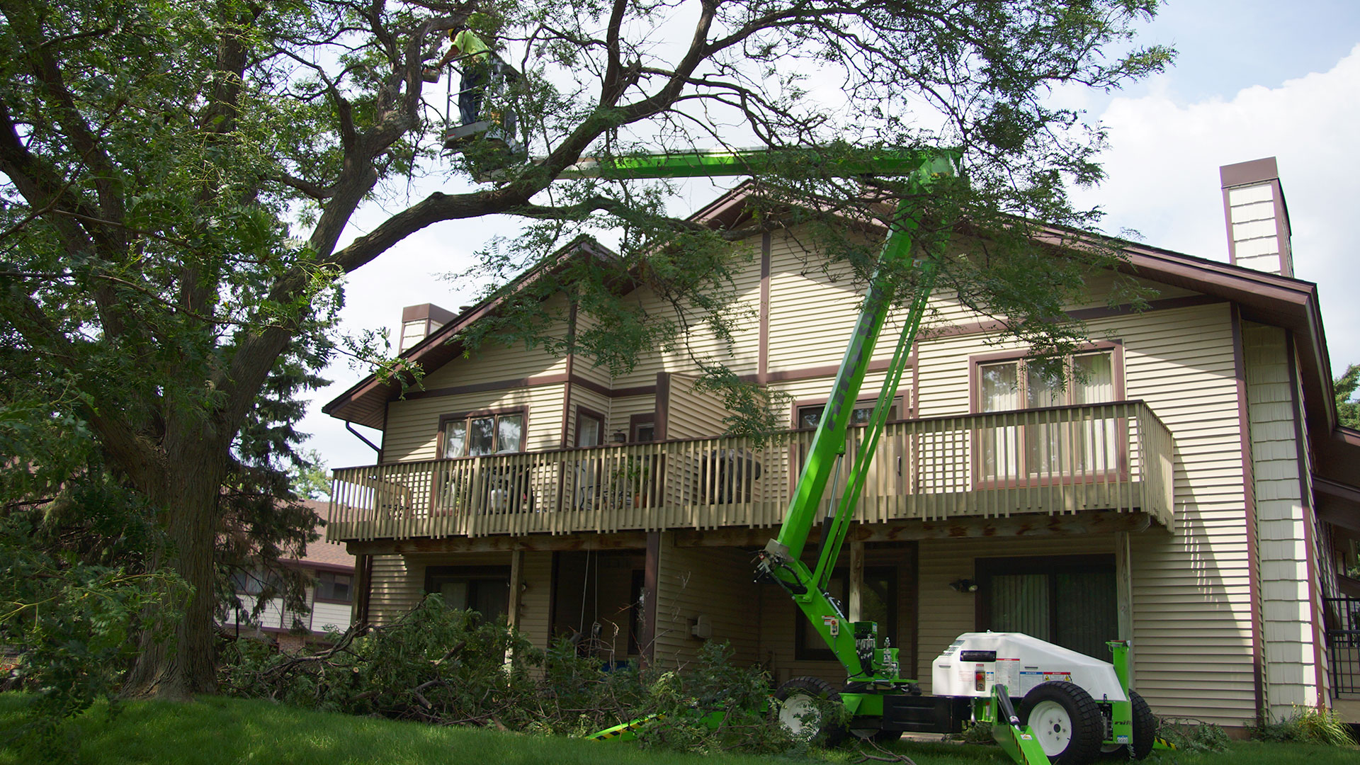 Aerial lift in use